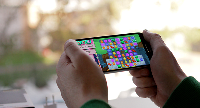 6 of the best mobile phones for games 2013 lead