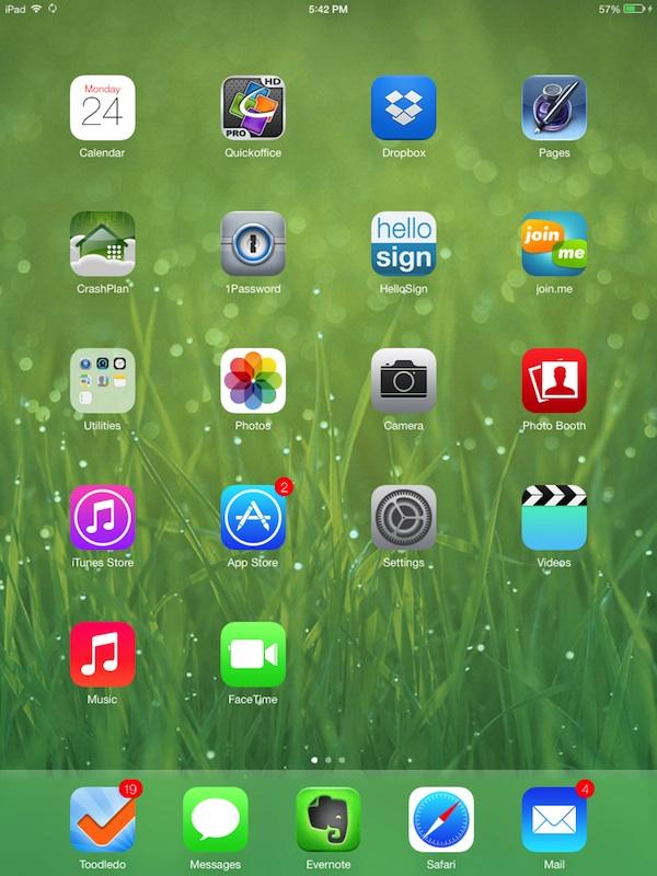 iPad and iPad Mini join the party as Apple seeds iOS 7 beta