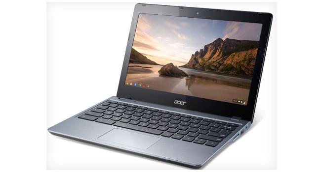 Acer Chromebook pose