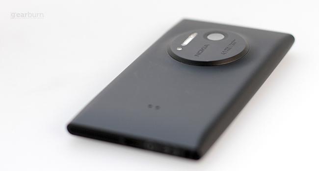 Nokia 1020 Rear