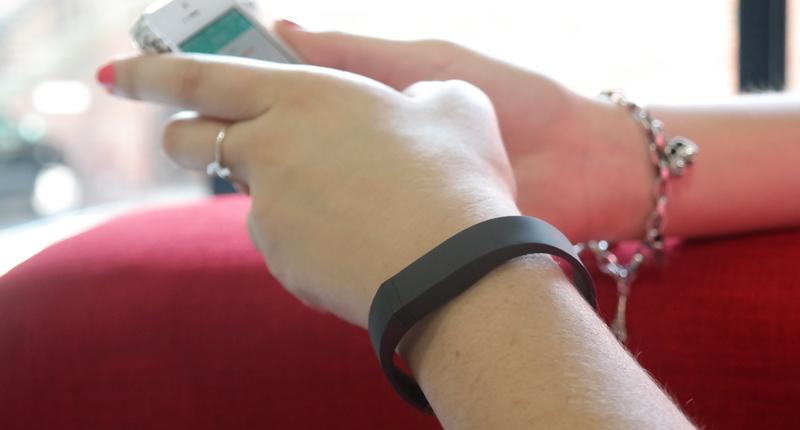 Flex on wrist