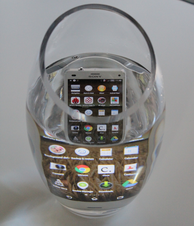 Sony Xperia Z3 Compact 9