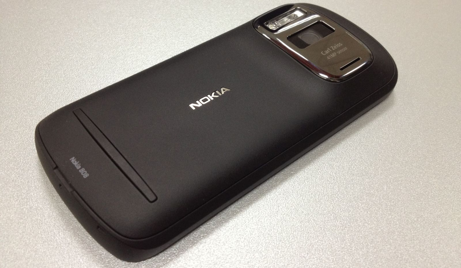 Nokia 808 PureView John Karakatsanis