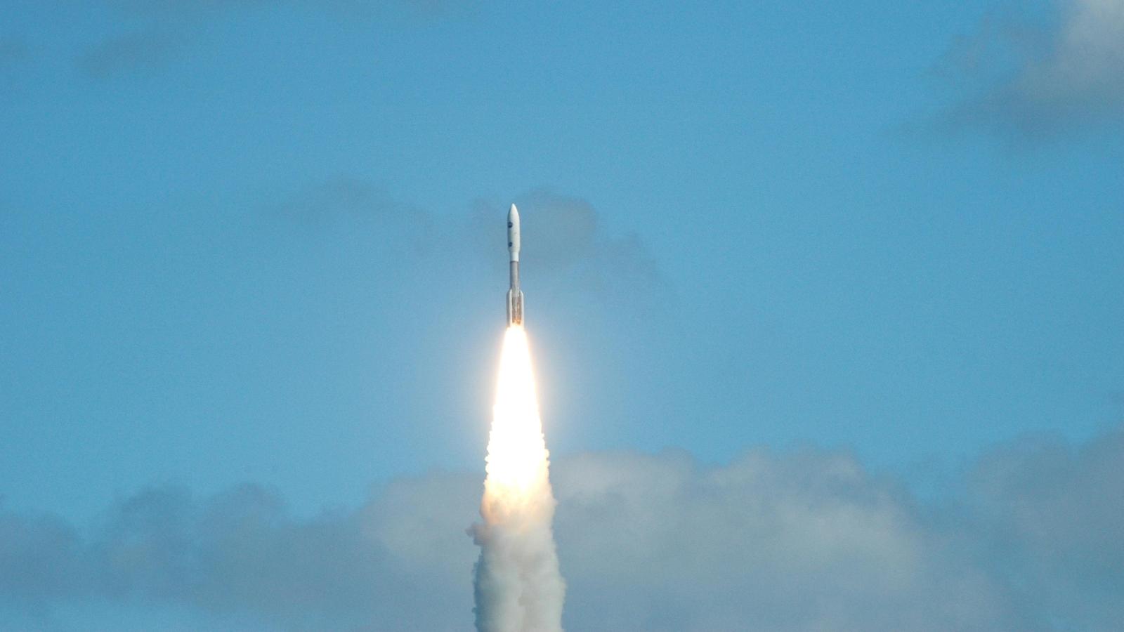 new horizons launch 2006