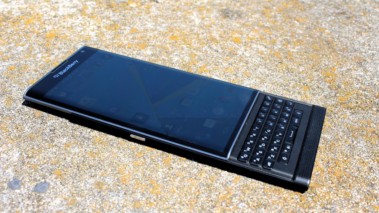 BlackBerry PRIV review 1