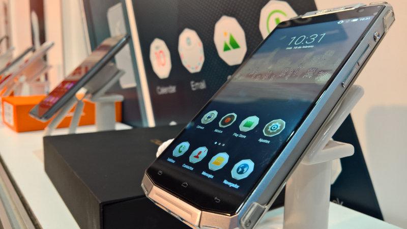 Oukitel K10000 smartphone 800