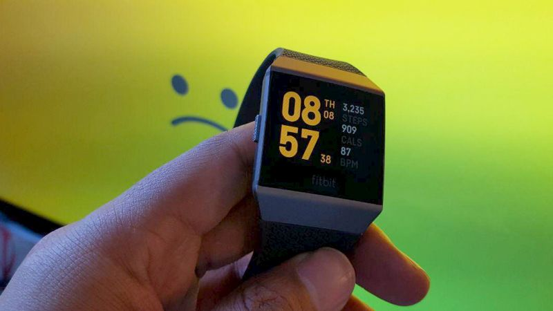 Fitbit Ionic long-term review: daft software mars excellent