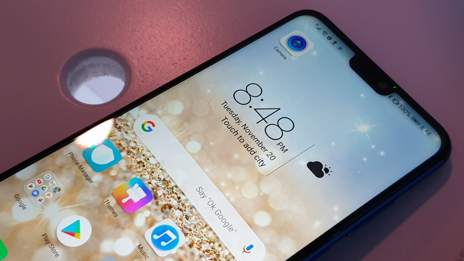 Honor officially arrives in South Africa, debuts the swanky 8X