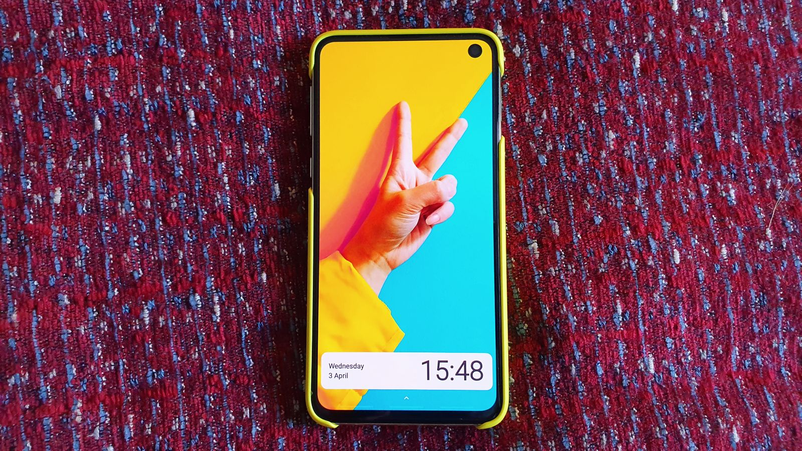 48 Hours With The Canary Yellow Samsung Galaxy S10e