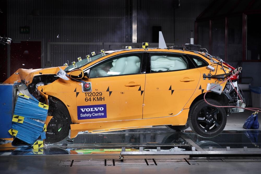 Volvo Crash