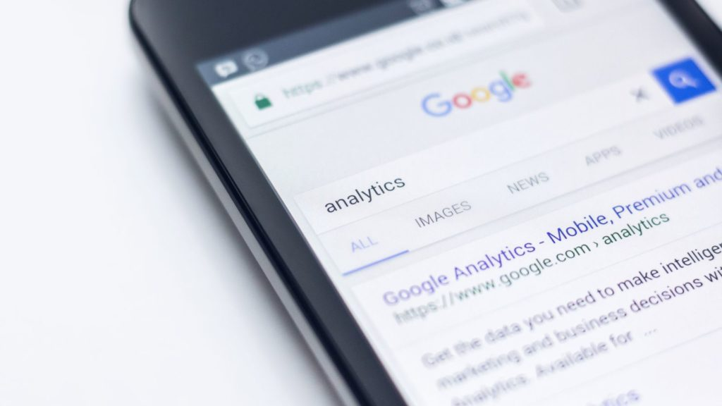 seo google analytics edho pratama unsplash