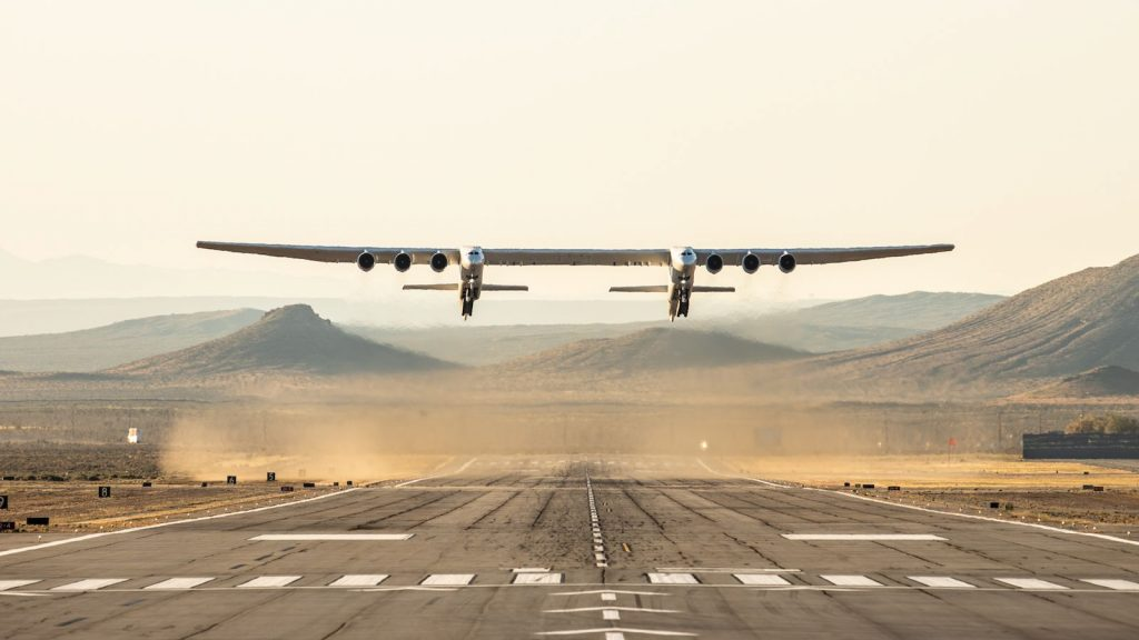 stratolaunch maiden test flight