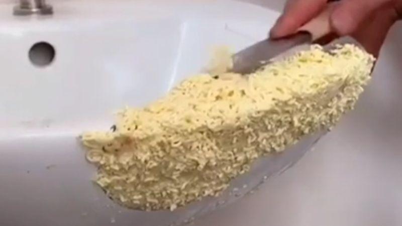 noodles fix everything reddit