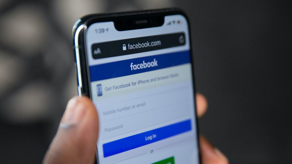 facebook phone data leak