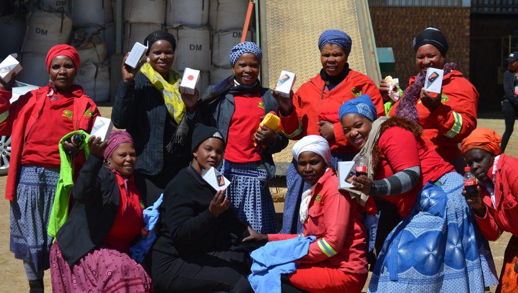 wakkerstroom south africa smartphones town