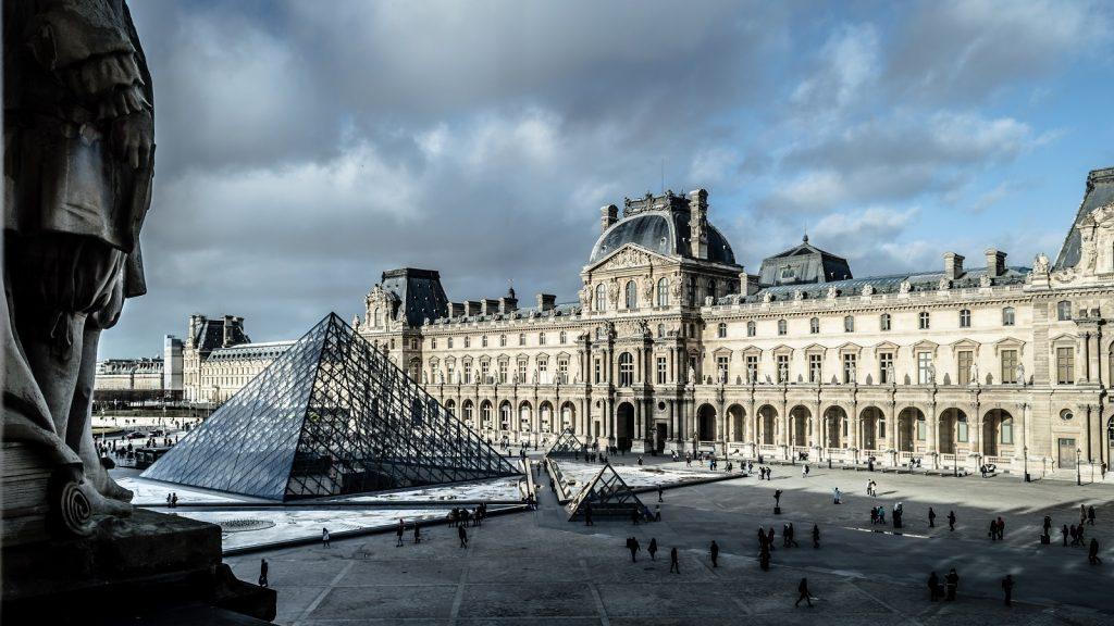 Louvre Paris France art museum gallery exhibition mona lisa