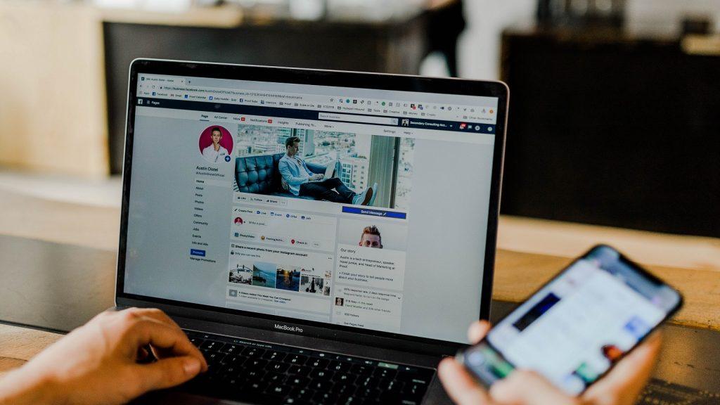 Facebook News Feed newsfeed feedback
