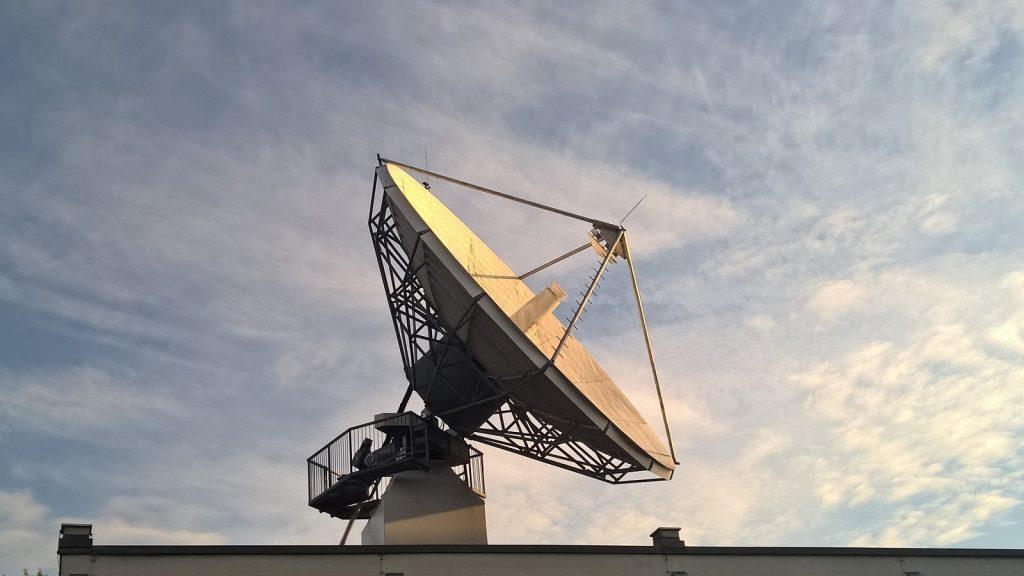 satellite dish internet outage