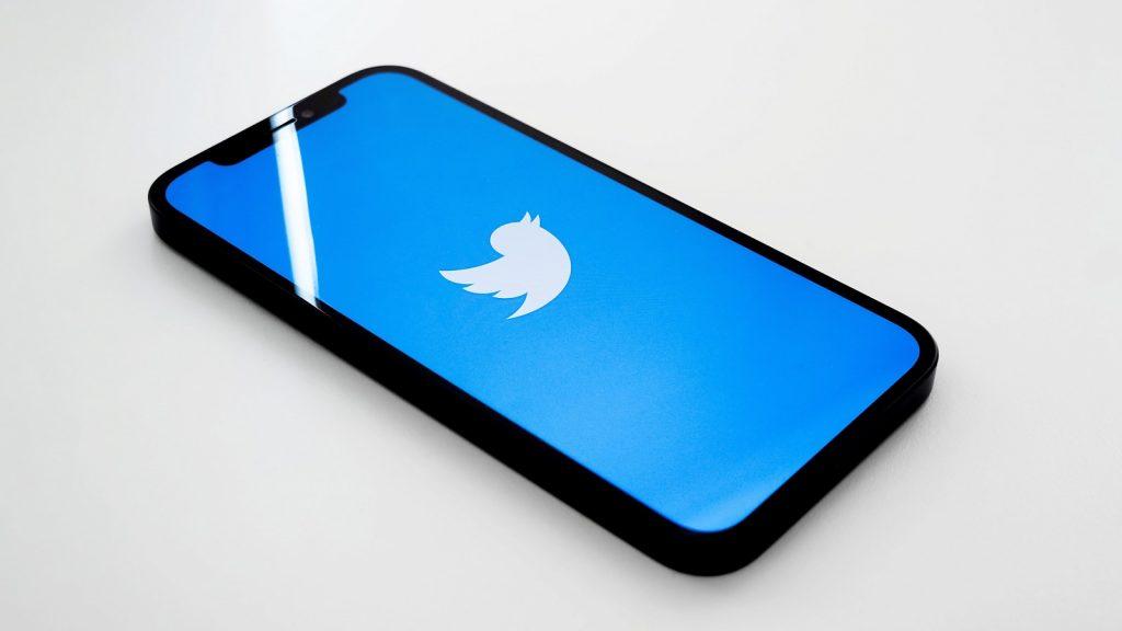 Twitter app Fleets social media Stories