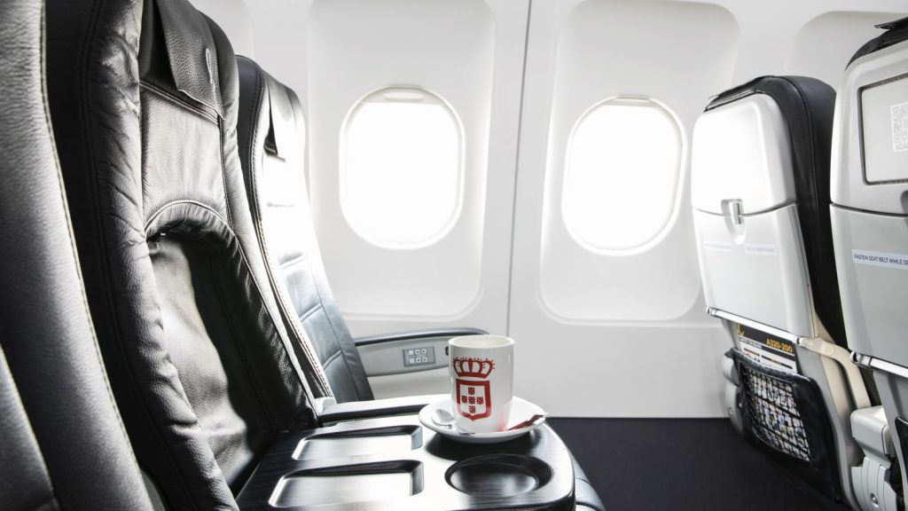 lift south african airline premium